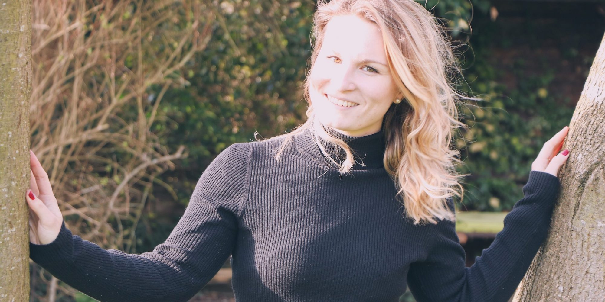 Portrait photo of Rachel, founder of Rachel Thomason Wellbeing